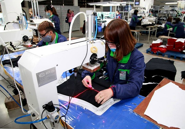 Nhiều lao động bị ảnh hưởng quyền lợi do doanh nghiệp nợ, trốn đóng BHXH. Ảnh minh hoạ, nguồn Internet