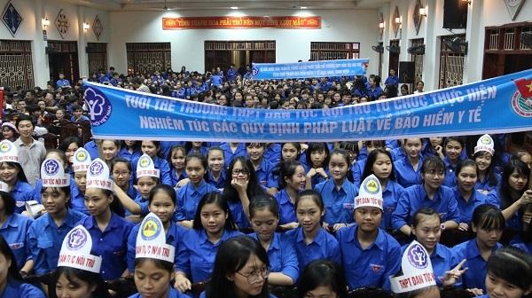 Thi đua hưởng ứng Ngày Pháp luật Việt Nam